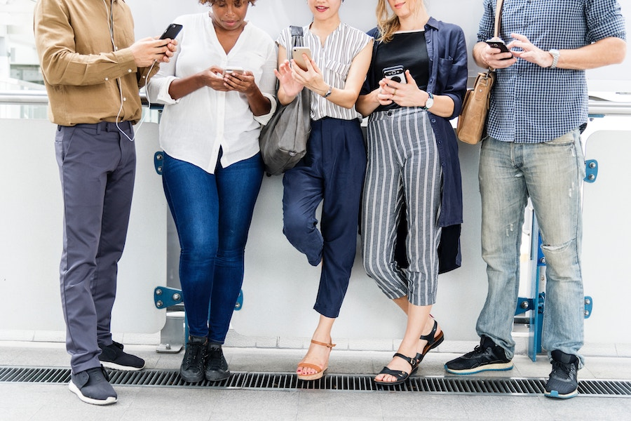 """So, how does one become """"social"""" in business? - Digital Leadership Associates"""