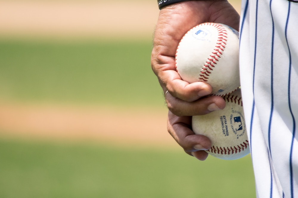 What Can the Baseball World Series Teach us About Social Selling? - Digital Leadership Associates