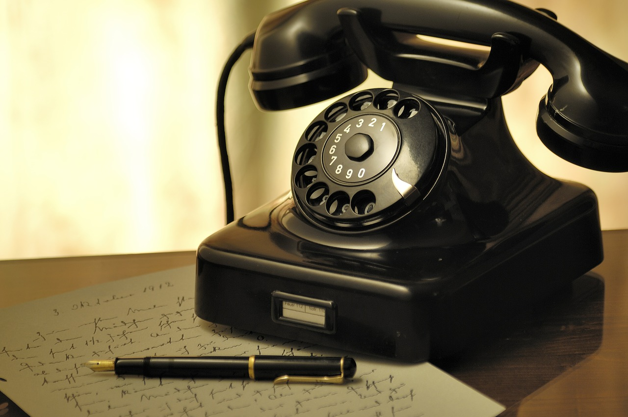 Cold Calling Lies (and the Lying Liars Who Tell Them) - Digital Leadership Associates
